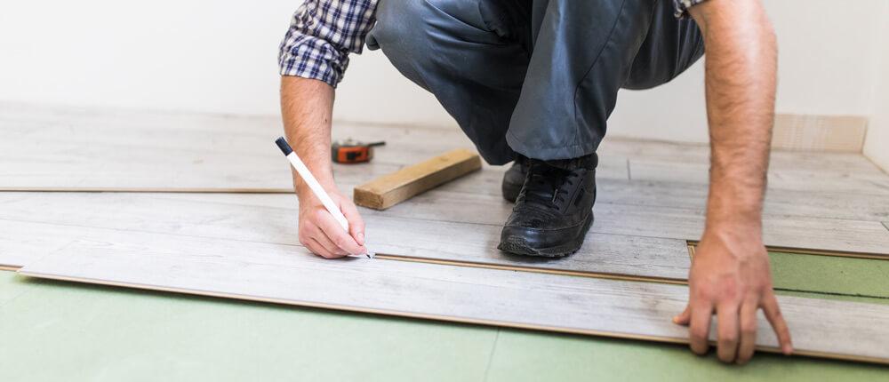 Postavljanje parketa i laminata – uputstvo, saveti i cena po kvadratu